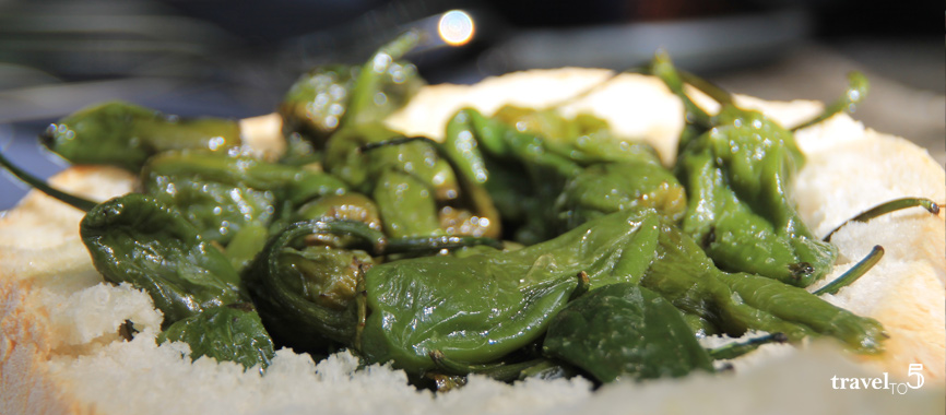 Food in Galicia: spicy Herbon peppers