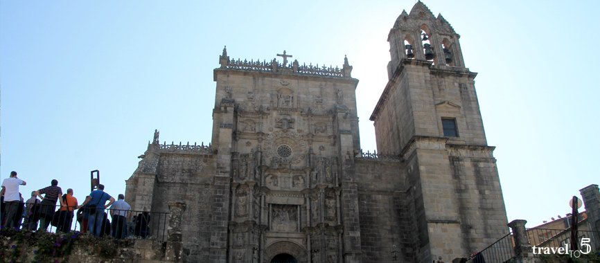 Real Basilica Saint Mary the mayor Pontevedra